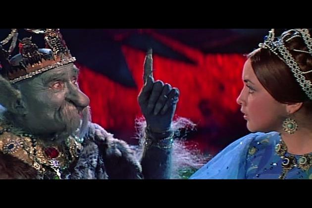 Кадр из фильма «Варвара-краса, длинная коса» (реж. А. Роу, 1969)