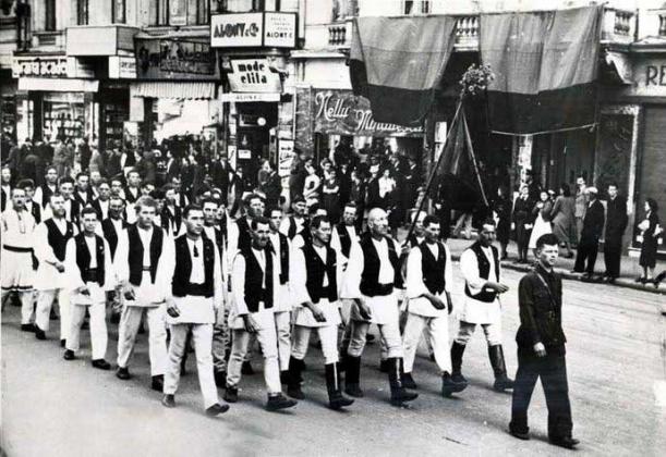 «Железная Гвардия» (партия румынских фашистов, 30-е годы XX века).