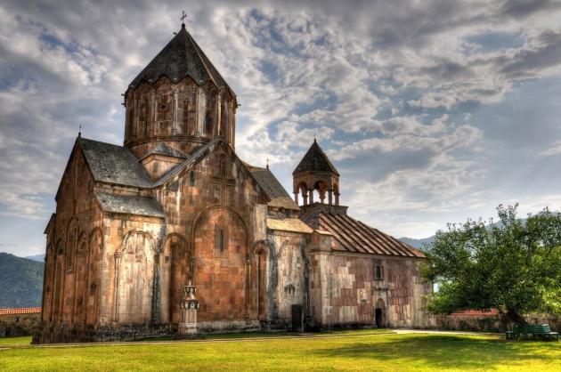Когда Армянская церковь варит святое миро