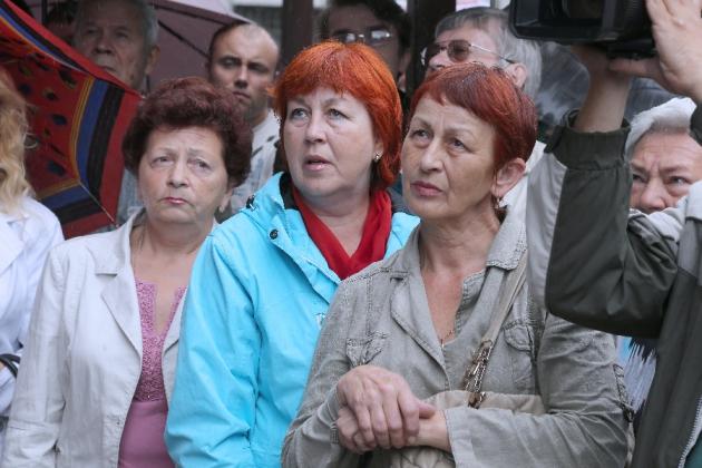 Калининградцев из аварийной высотки переселят в новые квартиры