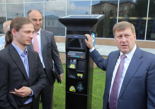 Планы введения платных парковок в Новосибирске воспринимаются неоднозначно