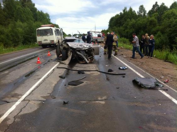 В аварии в Вологодской области погибли четыре человека