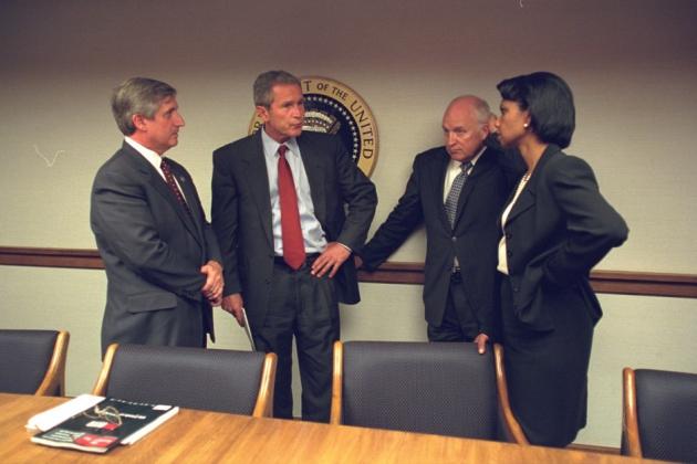 Обнародованы снимки с совещания в Белом доме после терактов 11 сентября