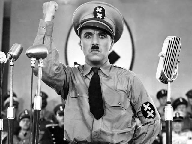 Чарли Чаплин в фильме «Великий диктатор», 1940 г.