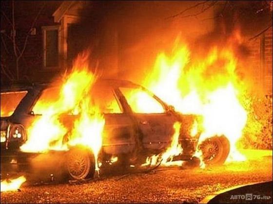 Лихач сбил пенсионерку с внуком и сжег машину в Иркутской области