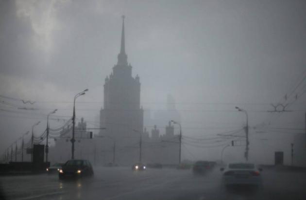 МЧС объявило в Москве штормовое предупреждение