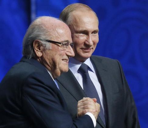 Президент России Владимир Путин  и  Йозеф Блаттер
