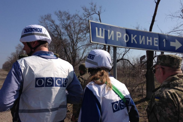 В ОБСЕ не говорят, кто ранил представителей миссии в Широкино