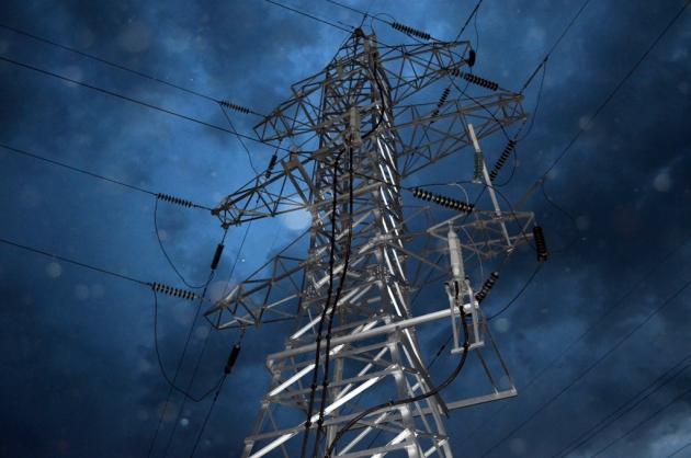 Гроза и ураган обесточили 80 ЛЭП в Калужской области
