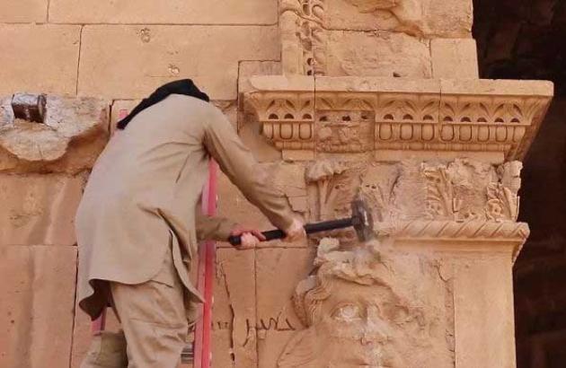 Удаление фрагмента памятника всемирного наследия.