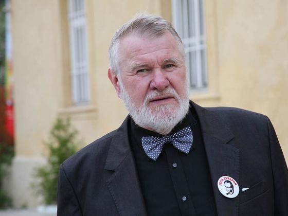 Чешский политик лоббирует выступление в Европарламенте киевского карателя