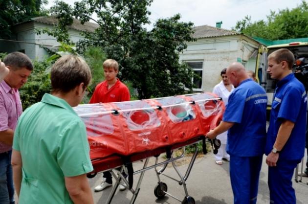 Капсулы  для транспортировки больных вирусом Эболы фото:novochgrad.ru
