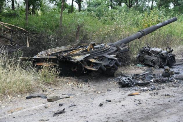 Киев: Возле Донецка бои по прежнему идут круглосуточно