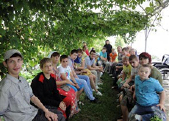 Под Калугой открылся православный лагерь для детей-инвалидов