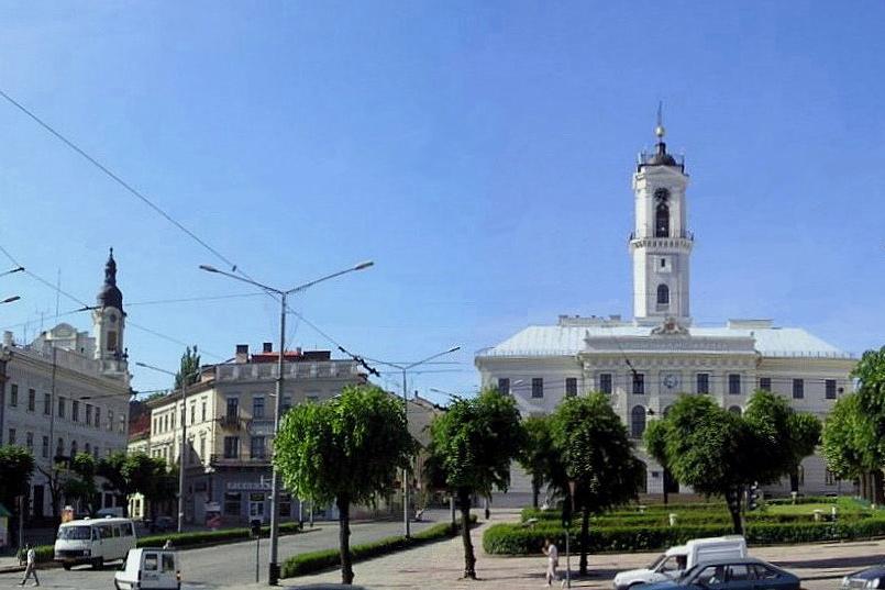 Черновцы, центральная площадь.