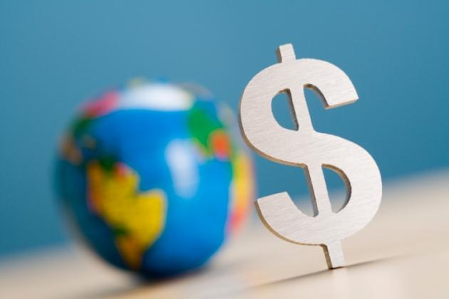 Латвия: банкиры тормозят рост экономики