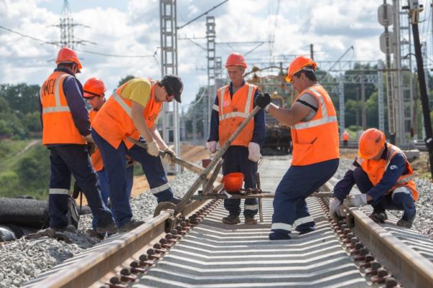 Железную дорогу от Астрахани до Волгограда реконструируют