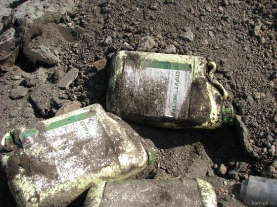 Свалка токсичных отходов, организованная барнаульским ООО «Сервис экологической безопасности»
