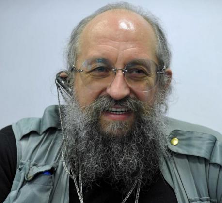 Анатолий Вассерман — политолог и телеведущий.
