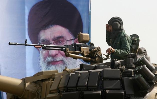 Против кого Иран разворачивает штыки?