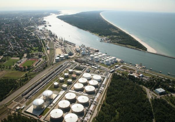 В Литве ради Белоруссии расширяют нефтяной терминал