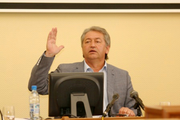 Избирком зарегистрировал кандидата в губернаторы Омской области от «Родины»