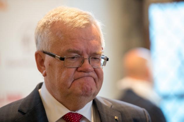 Мэр столицы Эстонии провел первое заседание горуправы после реанимации