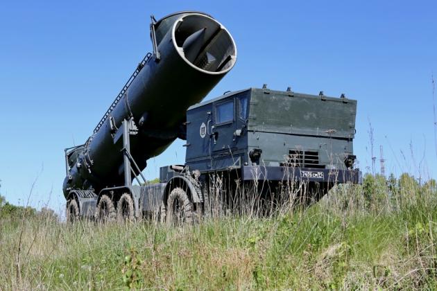Мобильный береговой ракетный комплекс «Редут» предназначен для поражения надводных кораблей всех типов.