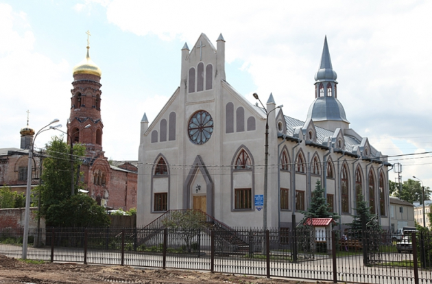 В Нижнем Новгороде идут обыски в церкви Адвентистов седьмого дня