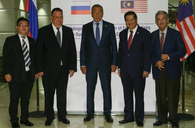 Лавров встретился с Могерини и пообщался с Керри «на полях» саммита АСЕАН