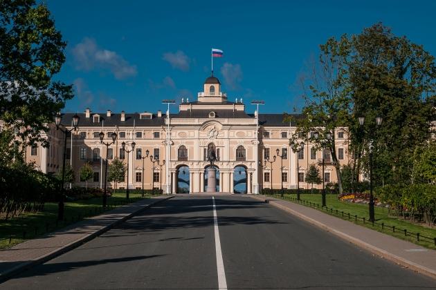 Художников и фотографов пригласили в резиденцию президента РФ