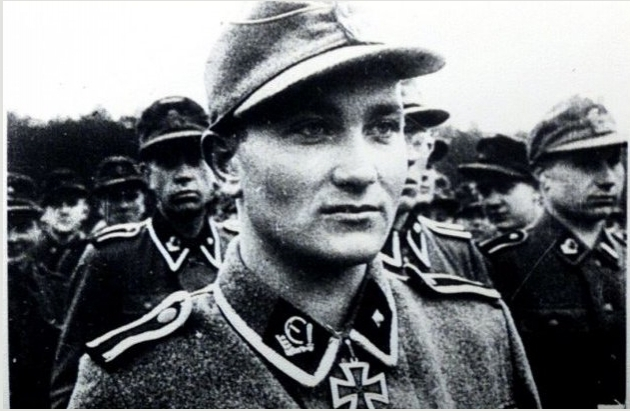 Солдат эстонской 20-я гренадерской дивизии СС