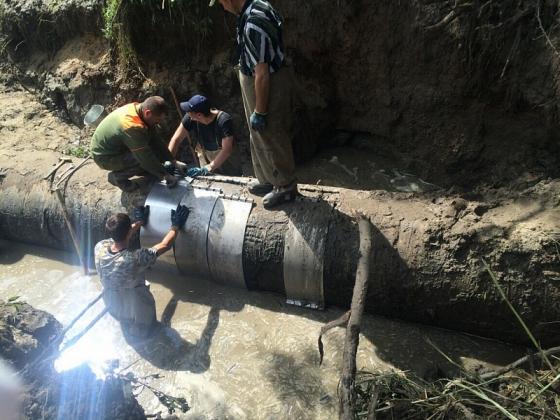 Канализация из подмосковной Балашихи вторую неделю течёт в реку...