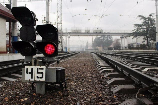 В Тульской области столкнулись грузовик и пассажирский поезд