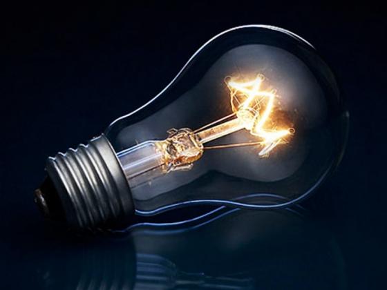 Лужков: Из санкционных продуктов можно получать удобрения и электричество