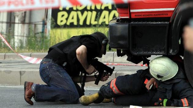 В Стамбуле уничтожены двое террористов