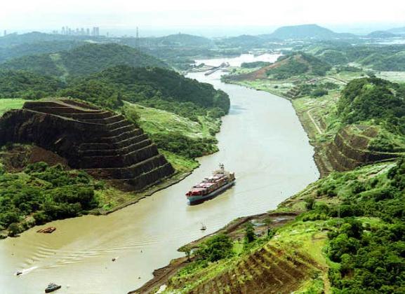 Расширение Панамского канала находится под угрозой