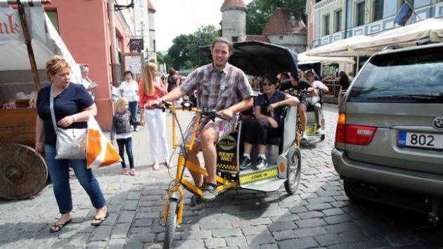 Велотакси в Таллине.