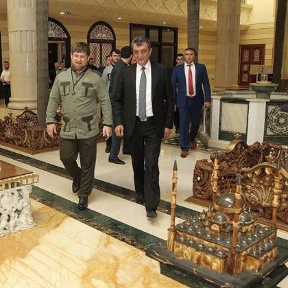 Сергей Меняйло приехал в гости к Рамзану Кадырову