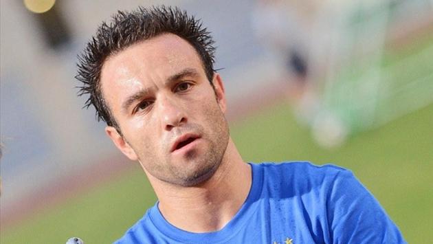 Матьё Вальбуэна перешел в «Лион» из московского «Динамо»