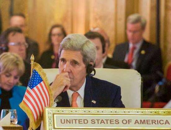 Джон Керри — государственный секретарь США.