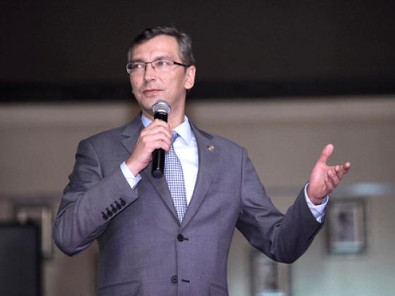 Андрей Кузьмин — руководитель пресс-службы главы региона.
