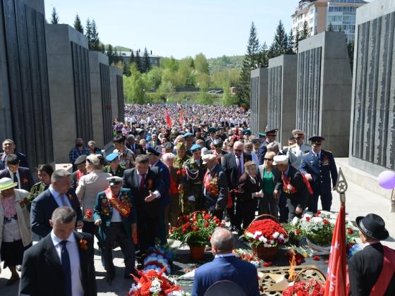Более 800 человек на Алтае попали под амнистию в честь юбилея Победы