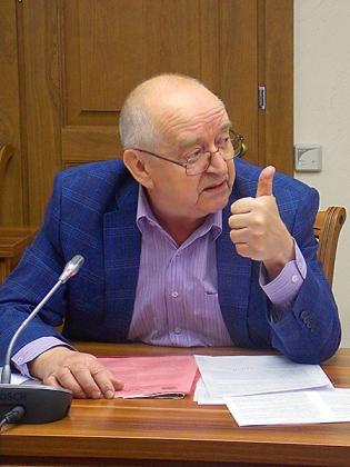 Политолог Константин Емешин