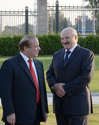Лукашенко: Китай работает с Европой через Белоруссию, и Пакистан сможет