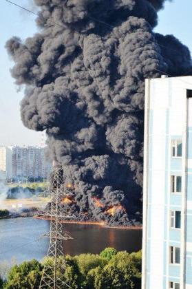 Причины пожара на Москве-реке: больше вопросов чем ответов
