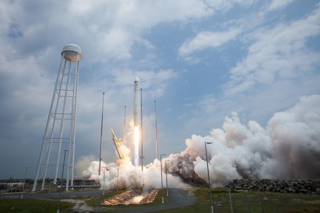 Запуск ракеты-носителя «Антарес».