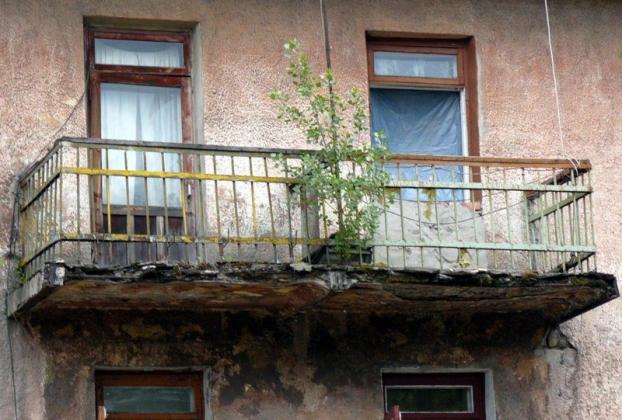 В Прикамье объем аварийного жилья, несмотря на расселение, не сокращается