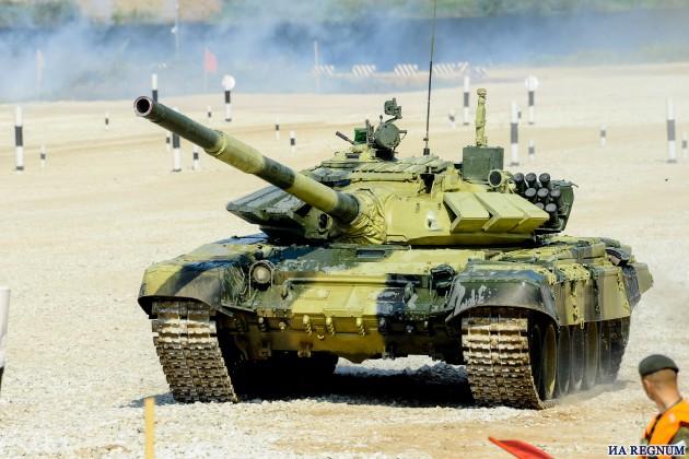 Россия лидирует по итогам полуфинальных заездов по Танковому биатлону: фото