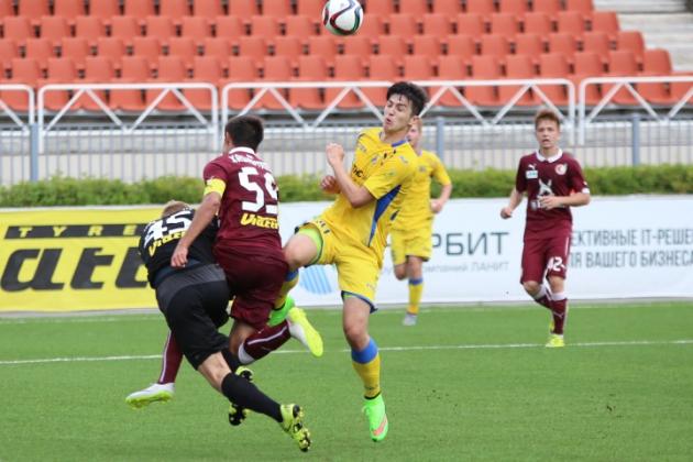 Нападающий Сердар Азмун в матче молодежных составов «Ростова» и «Рубина»: фото fc-rostov